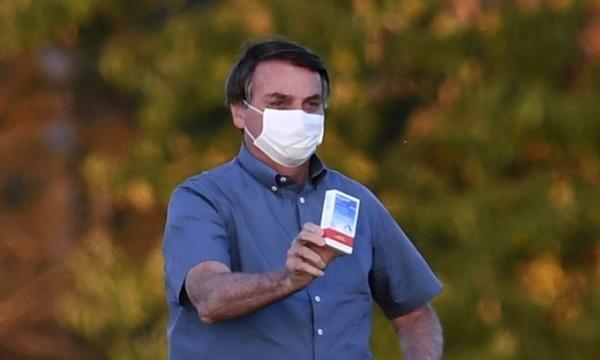 Tổng thống Brazil: 'Không phải sợ' nếu nhiễm nCoV