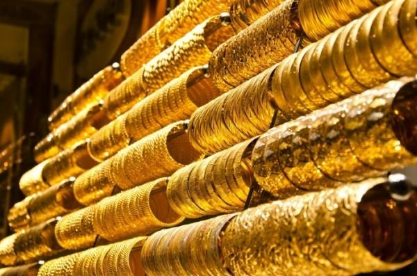 Giá vàng hôm nay 27/8: USD tăng trở lại, vàng lao dốc