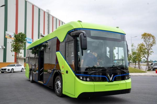 VinFast 'bắt tay' đối tác của Audi, BMW và Mercedes xây trạm sạc xe buýt lớn nhất ASEAN tại Việt Nam