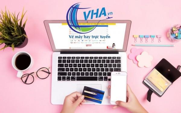 Vì sao mua vé máy bay online đang được nhiều người lựa chọn?