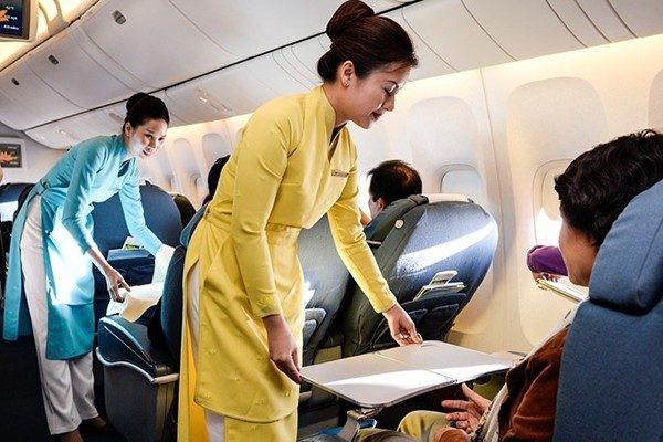Vé máy bay phổ thông tiết kiệm là gì? Book vé bay giá rẻ tại Vha.vn?