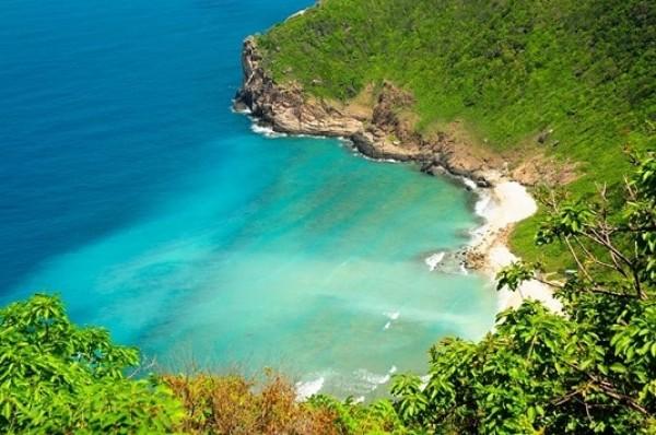 Giá vé bay Hà Nội đi Côn Đảo tháng 04 là bao nhiêu?