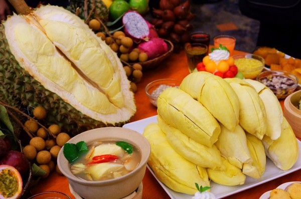 Địa chỉ quen thuộc cần biết để được ăn buffet sầu riêng ở Thái Lan ngon ngập mồm ngập miệng ^^